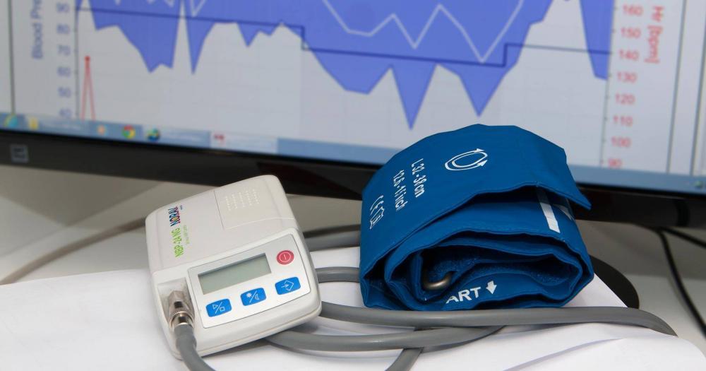 مانیتورینگ فشار خون