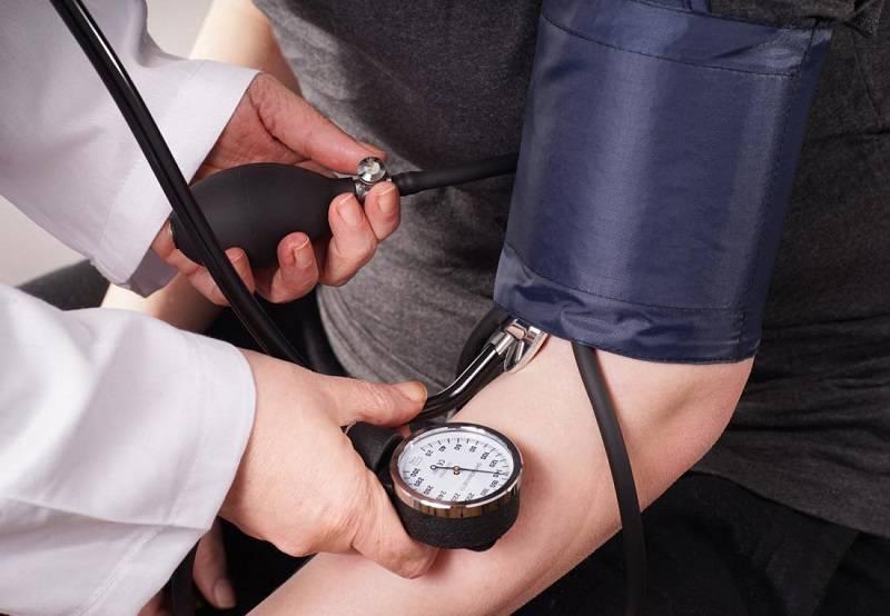 اندازه گیری فشار خون