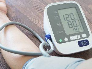 کسانی که فشار خون بالا دارند