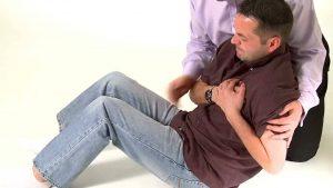 15 علت برای درد قفسه سینه و درمان ها